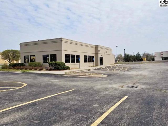 1405 E 11th Ave, Hutchinson, KS 67501 (MLS #37439) :: Select Homes - Team Real Estate