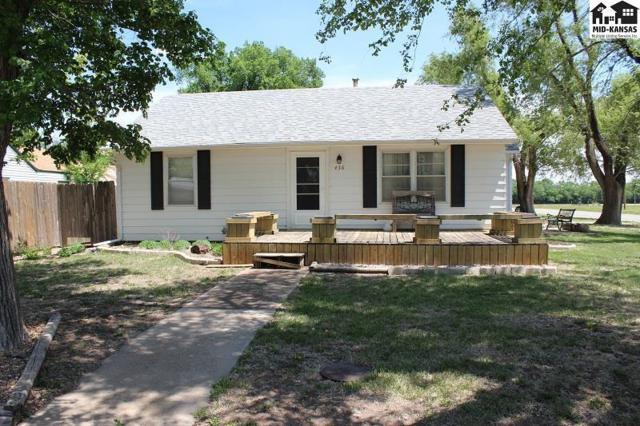 436 S Dirks, Buhler, KS 67522 (MLS #37455) :: Select Homes - Team Real Estate