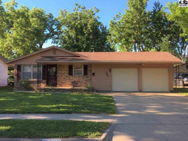 1007 E 20th Ave, Hutchinson, KS 67502 (MLS #37583) :: Select Homes - Team Real Estate