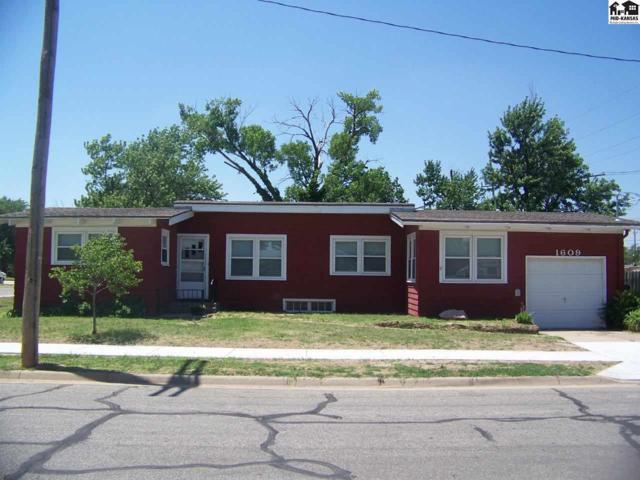 1609 N Ford St, Hutchinson, KS 67501 (MLS #37588) :: Select Homes - Team Real Estate