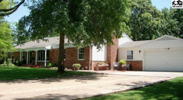 2906 N Meadowlake Dr, Hutchinson, KS 67502 (MLS #37907) :: Select Homes - Team Real Estate