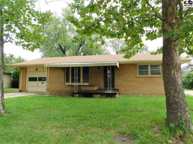 1402 Dixie St, Hutchinson, KS 67501 (MLS #38191) :: Select Homes - Team Real Estate