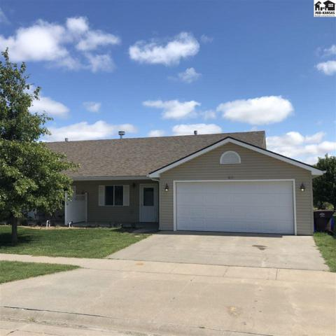 813 Clubhouse Dr, McPherson, KS 67460 (MLS #38249) :: Select Homes - Team Real Estate
