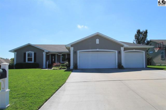 805 W 32nd Ave, Hutchinson, KS 67502 (MLS #38335) :: Select Homes - Team Real Estate