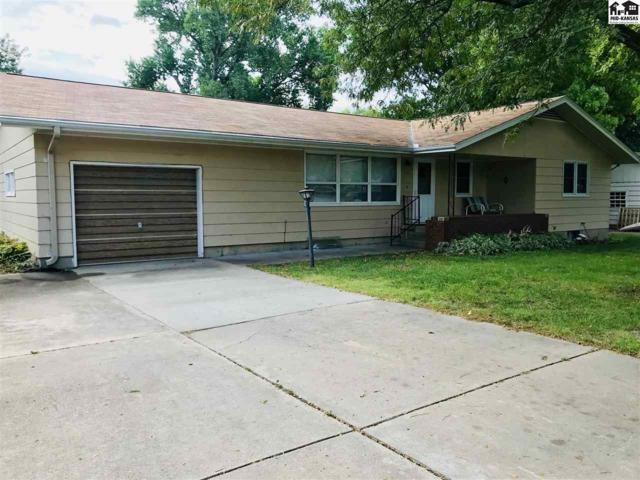 532 Park Ct, Moundridge, KS 67107 (MLS #38350) :: Select Homes - Team Real Estate