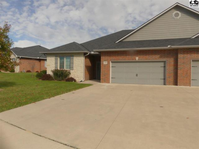 2902 Sand Hills Ct, Hutchinson, KS 67502 (MLS #38603) :: Select Homes - Team Real Estate
