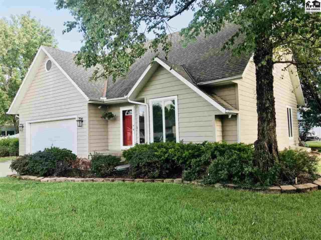 213 Walnut St, Moundridge, KS 67107 (MLS #38121) :: Select Homes - Team Real Estate