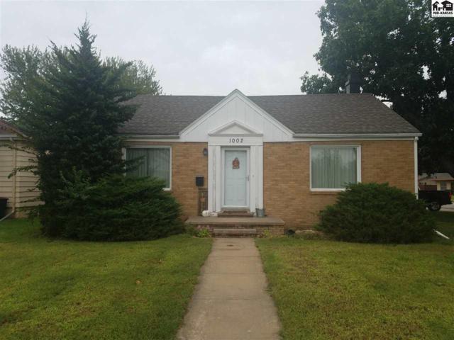 1002 Stout St, Pratt, KS 67124 (MLS #38336) :: Select Homes - Team Real Estate