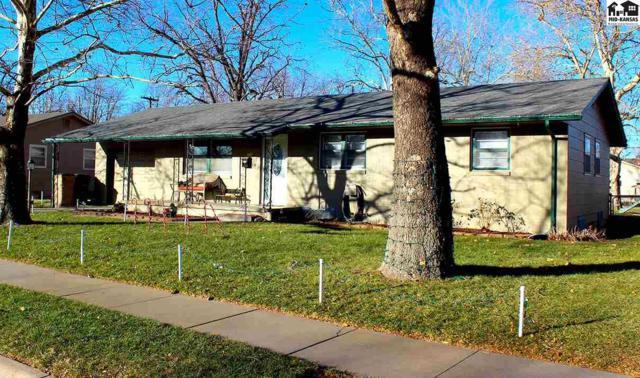 1012 E 21st Ave, Hutchinson, KS 67502 (MLS #36472) :: Select Homes - Team Real Estate