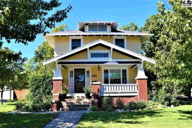 221 N Walnut St, McPherson, KS 67460 (MLS #38114) :: Select Homes - Team Real Estate