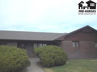 10 Des Moines Ave, South Hutchinson, KS 67505 (MLS #35063) :: Select Homes - Team Real Estate