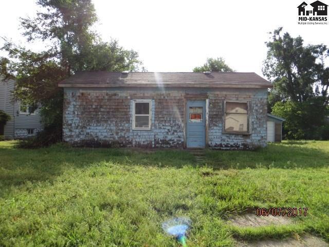 404 Washington St, Pratt, KS 67124 (MLS #35480) :: Select Homes - Team Real Estate