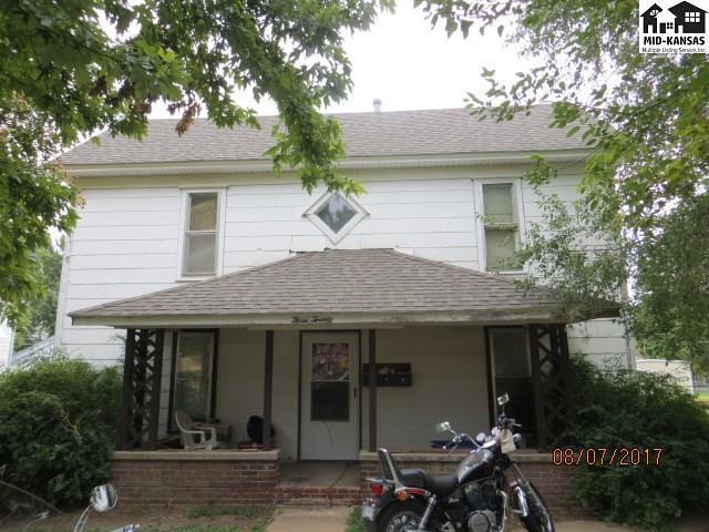 320 N Pine St, Pratt, KS 67124 (MLS #35764) :: Select Homes - Team Real Estate