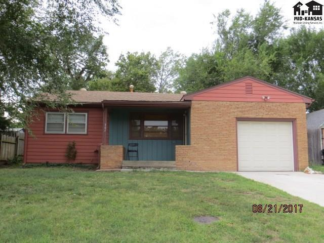 307 S Thompson St, Pratt, KS 67124 (MLS #35846) :: Select Homes - Team Real Estate