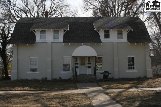 221 E Main St, Sterling, KS 67579 (MLS #36165) :: Select Homes - Team Real Estate