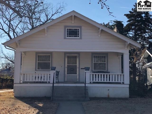 409 E 13th Ave, Hutchinson, KS 67501 (MLS #36476) :: Select Homes - Team Real Estate