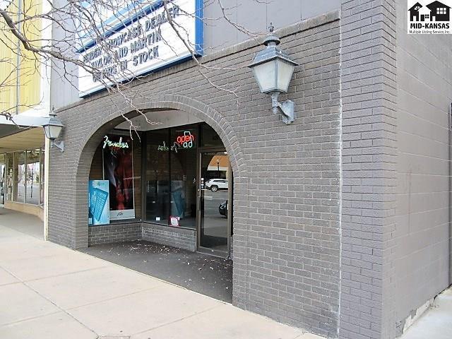 108 N Main St, Hutchinson, KS 67501 (MLS #36748) :: Select Homes - Team Real Estate