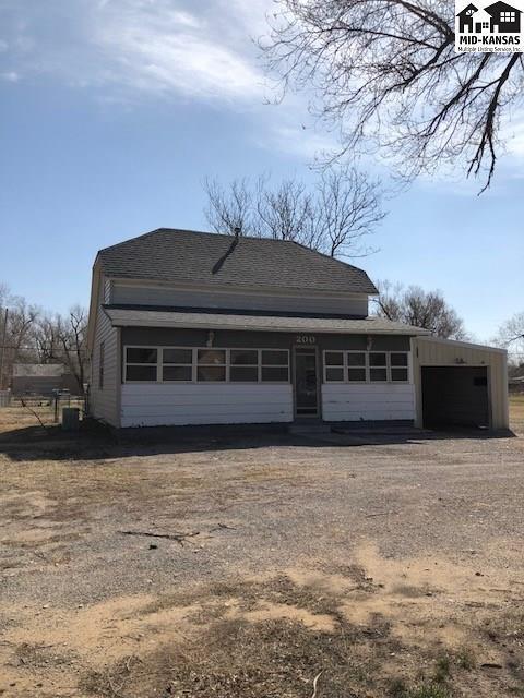 200 N Star St, Hutchinson, KS 67501 (MLS #37061) :: Select Homes - Team Real Estate