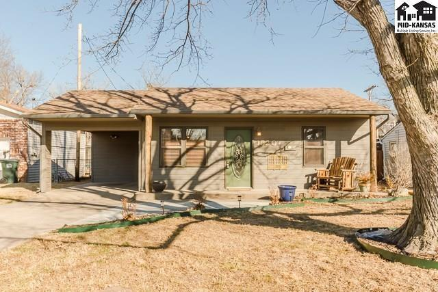 1520 Woodlawn St, Hutchinson, KS 67501 (MLS #37217) :: Select Homes - Team Real Estate