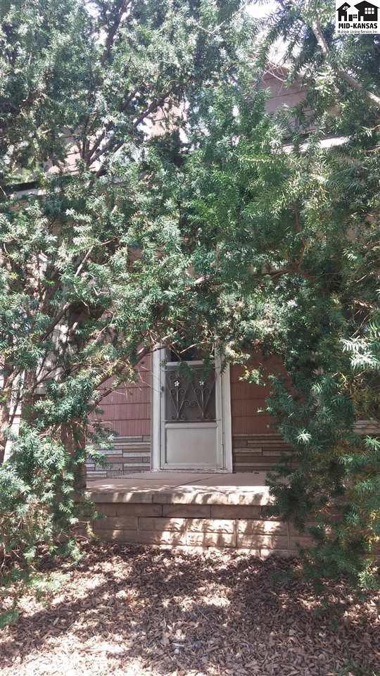 17915 S Dean Rd, Pretty Prairie, KS 67570 (MLS #37279) :: Select Homes - Team Real Estate