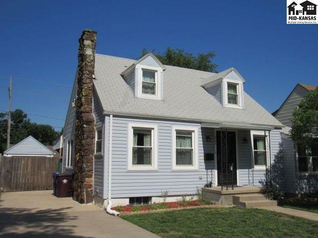 925 N Ash St, McPherson, KS 67460 (MLS #37598) :: Select Homes - Team Real Estate
