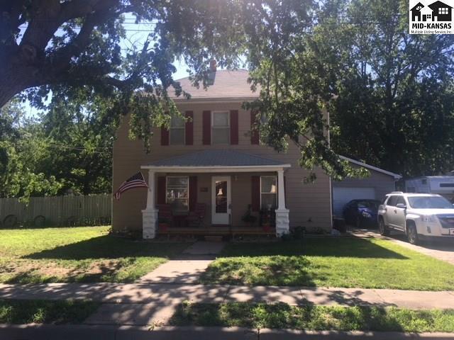 205 N Wall St, Buhler, KS 67522 (MLS #37622) :: Select Homes - Team Real Estate
