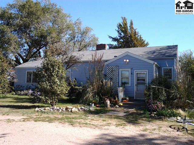 6203 N Halstead Rd, Moundridge, KS 67107 (MLS #37736) :: Select Homes - Team Real Estate