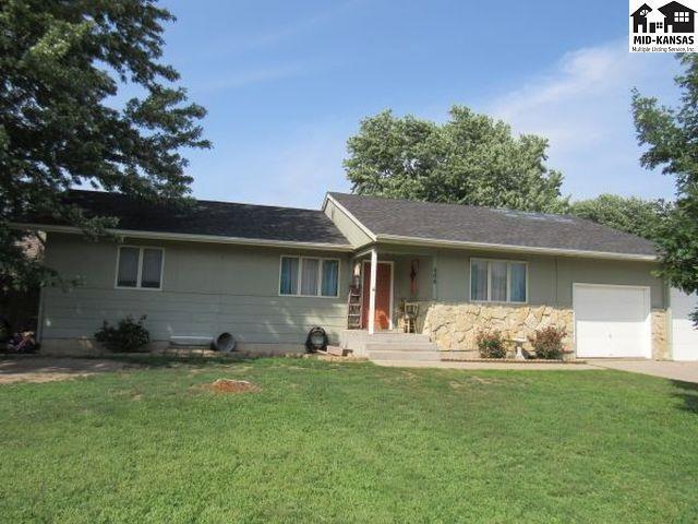 406 Ranch Ct, McPherson, KS 67460 (MLS #38036) :: Select Homes - Team Real Estate
