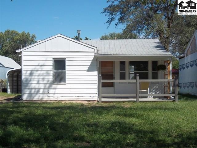 1414 N Forrest St, Hutchinson, KS 67501 (MLS #38183) :: Select Homes - Team Real Estate