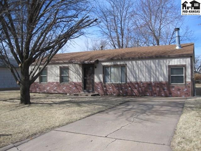 1505 Dixie St, Hutchinson, KS 67501 (MLS #38215) :: Select Homes - Team Real Estate