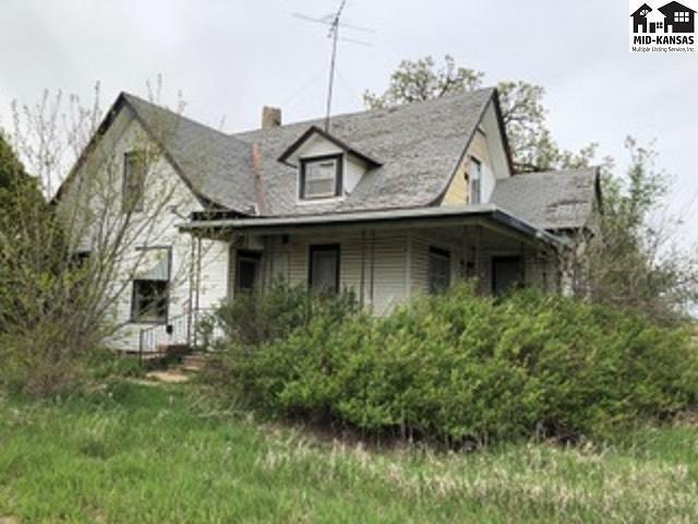815 State Rd 14, Lyons, KS 67554 (MLS #38155) :: Select Homes - Team Real Estate