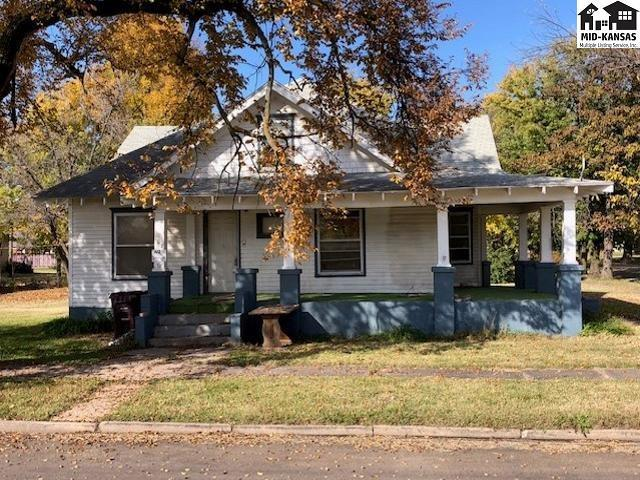 108 E Allen St, Canton, KS 67428 (MLS #38549) :: Select Homes - Team Real Estate