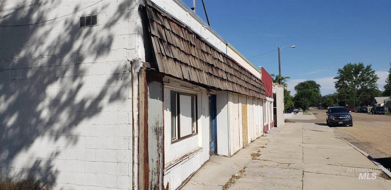 1017 Arthur Street - Photo 1
