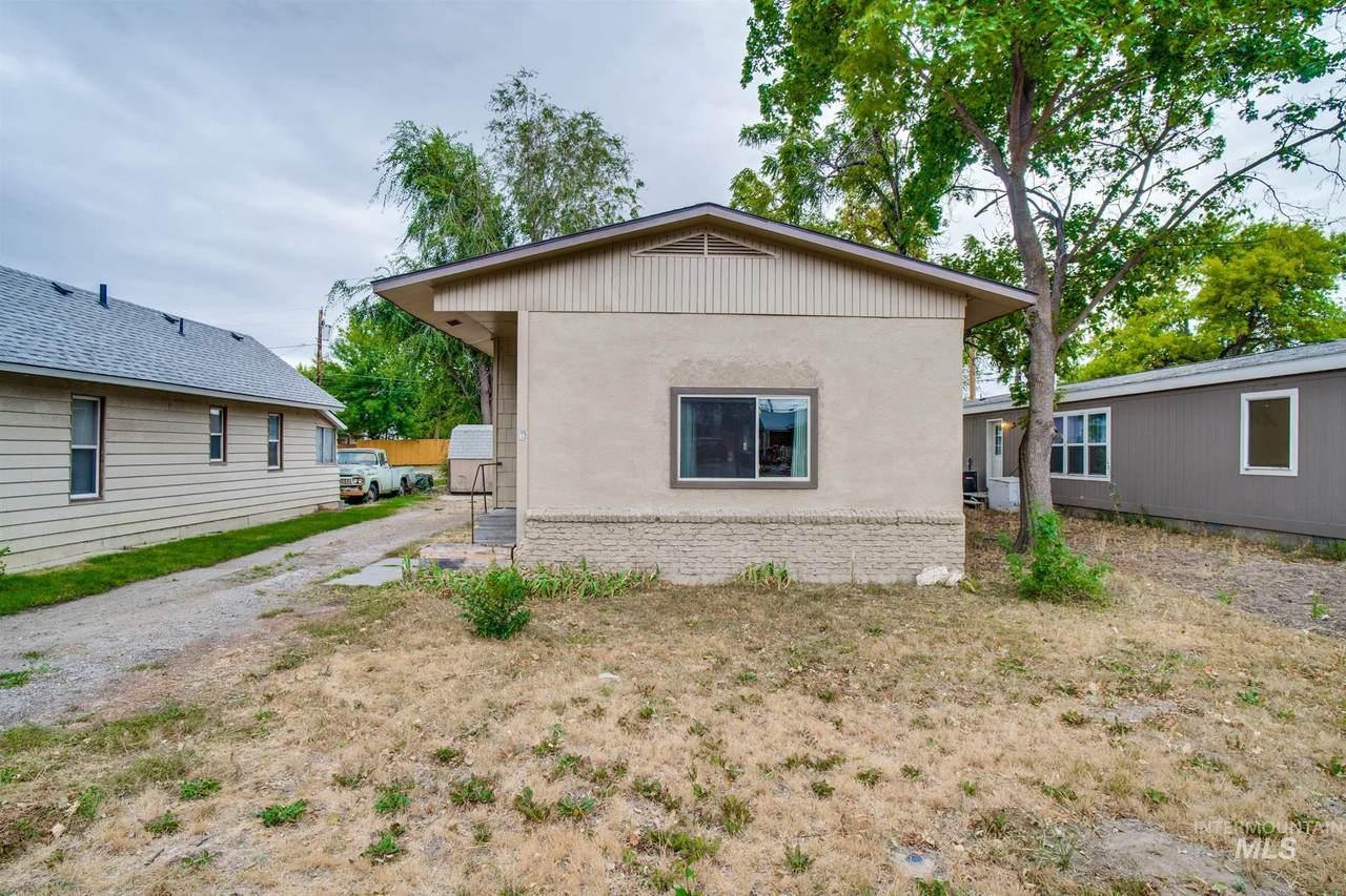 657 Idaho - Photo 1