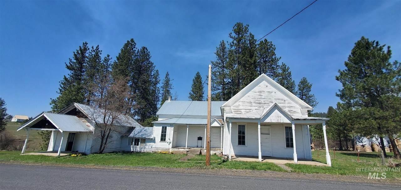 2070 Woodland Rd - Photo 1