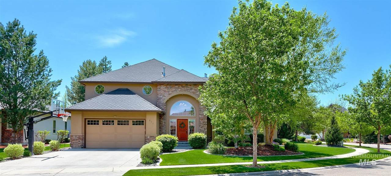877 Headwaters Dr. - Photo 1