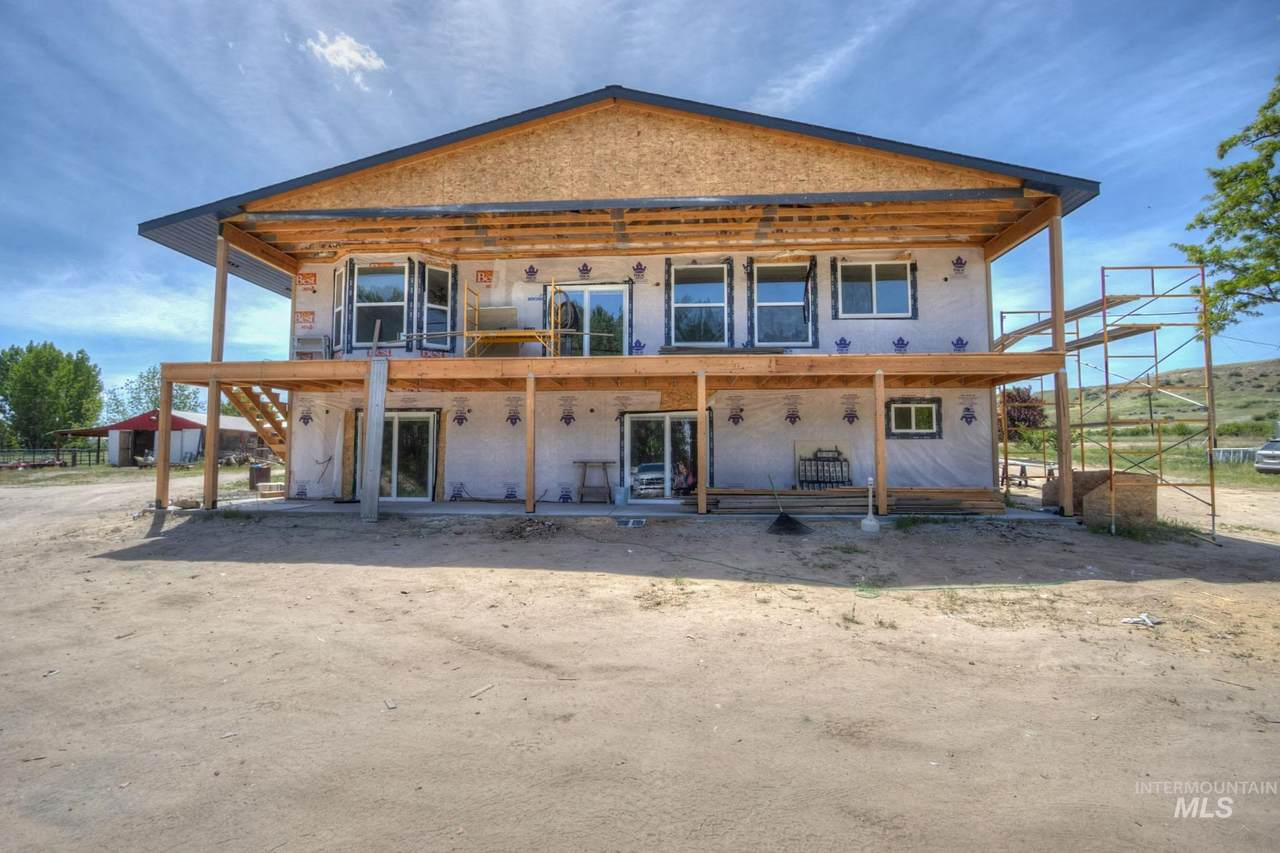 4112 County Line Rd - Photo 1