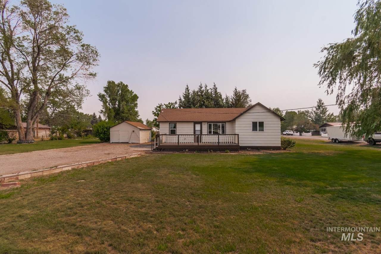 480 Sparling - Photo 1