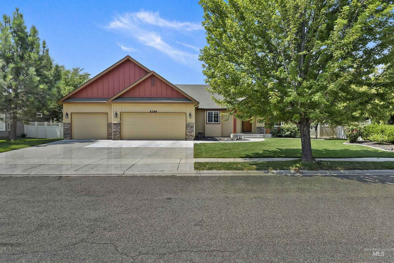 5349 Beethoven Ave. - Photo 1