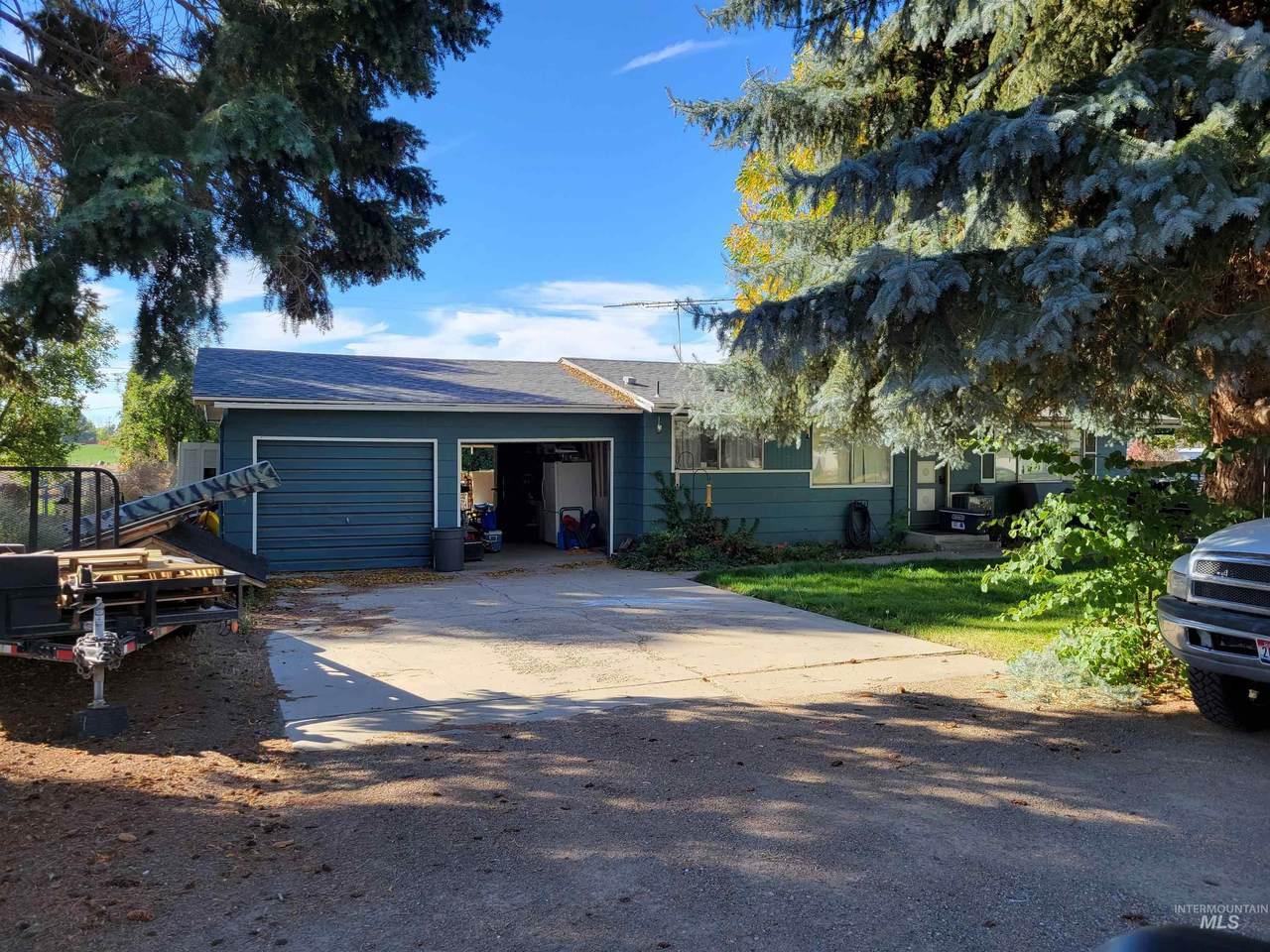 367 Orchard Dr - Photo 1
