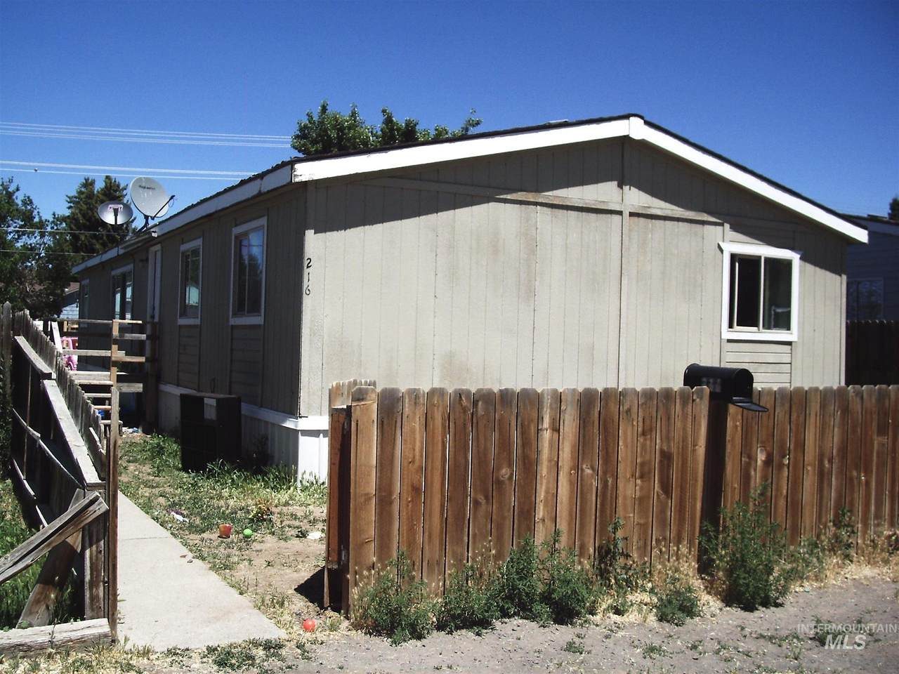216 G Ave West - Photo 1