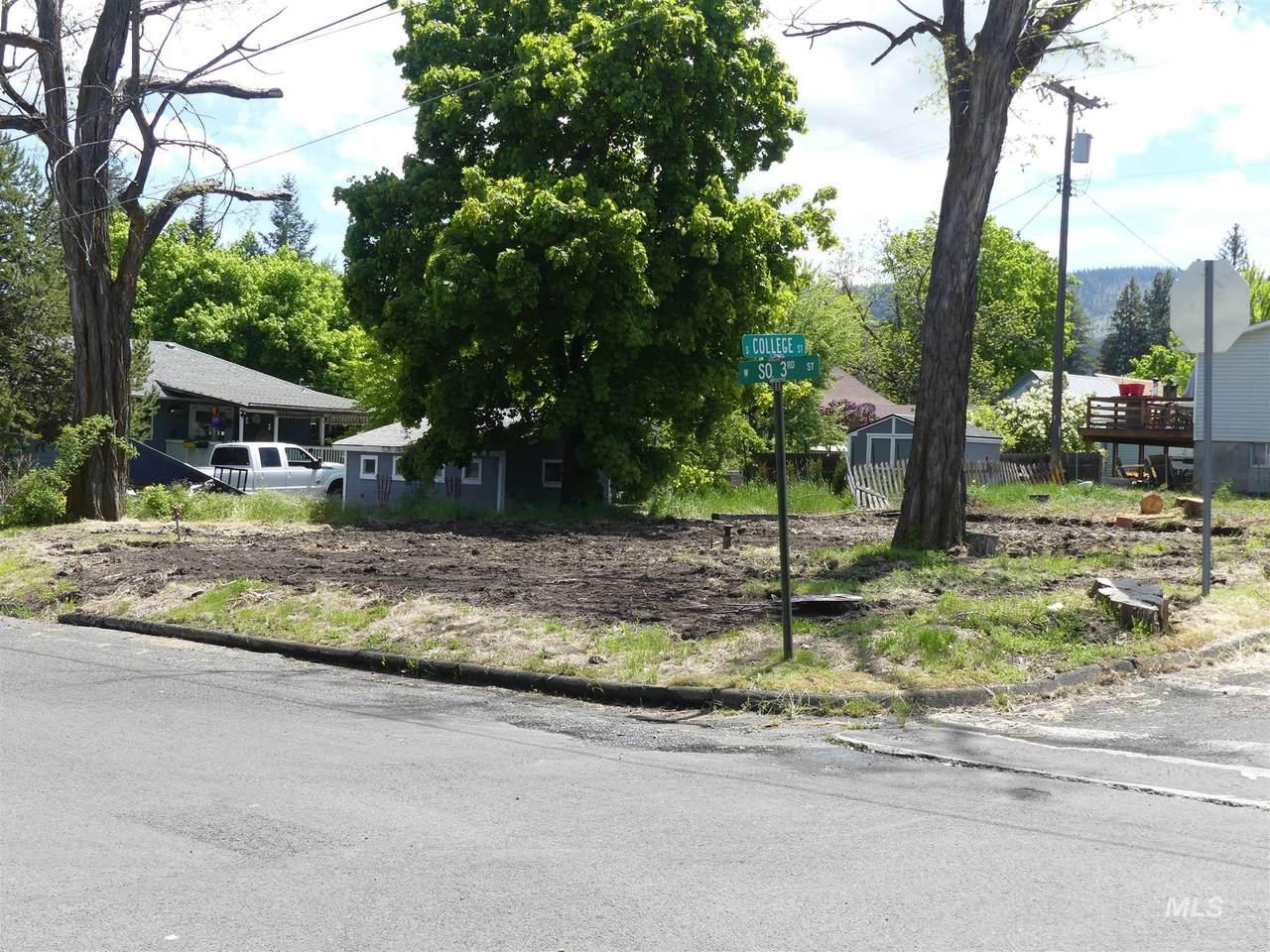216 South 3rd Street - Photo 1