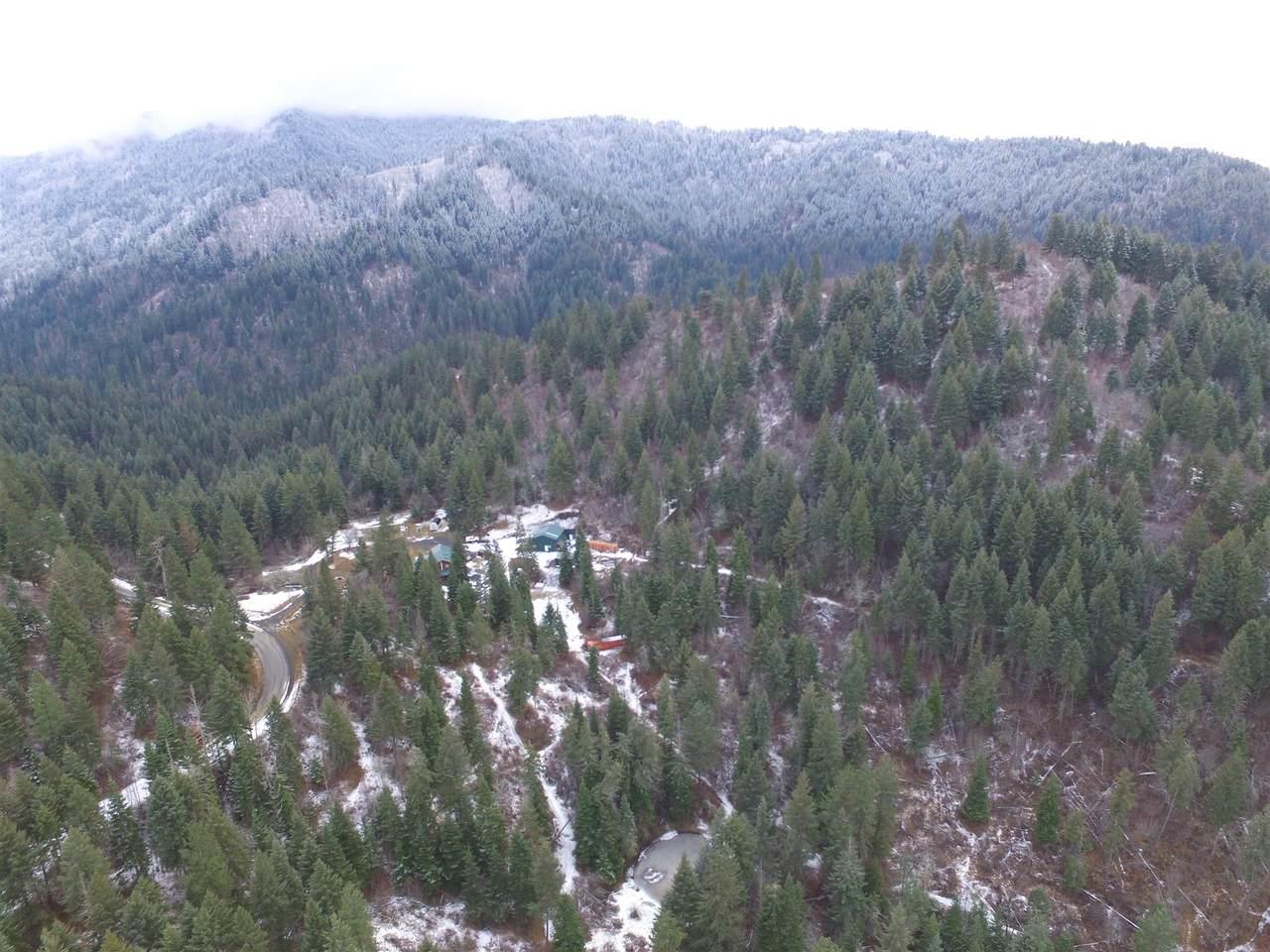 686 Lightning Creek Road - Photo 1