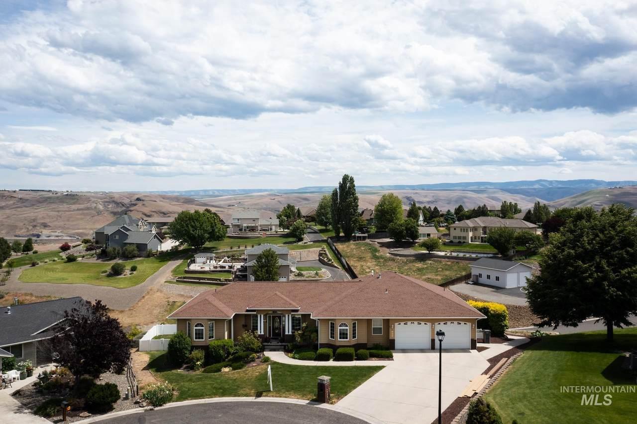 2025 Pleasant View Court - Photo 1