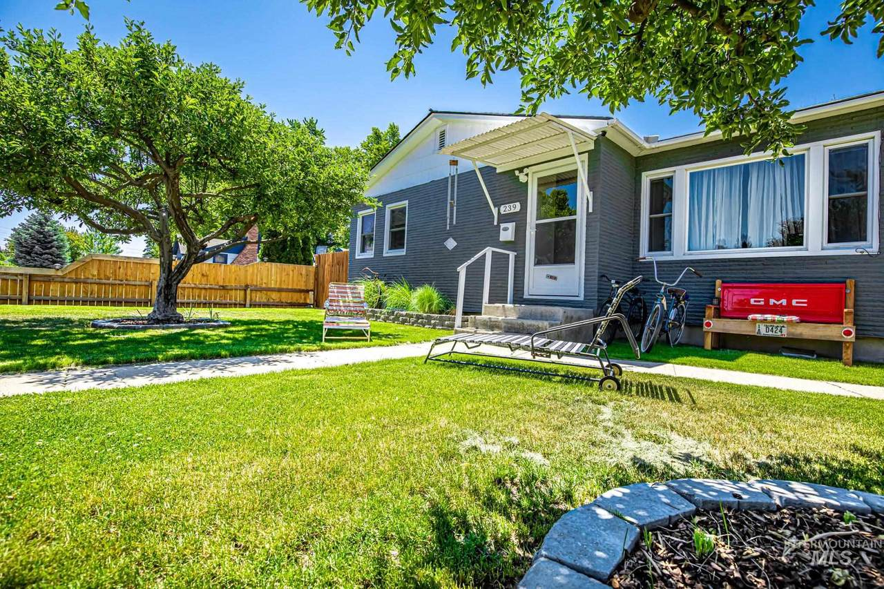 239 Boise Ave - Photo 1