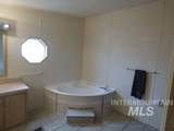 2115 6th Ave - Photo 4