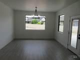 449 Meadowview Lane N - Photo 10