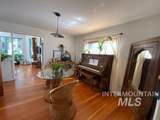 806 6th Ave - Photo 10