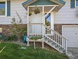 2300 Terrace Dr - Photo 3