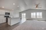 5565 Willowside Ave - Photo 8